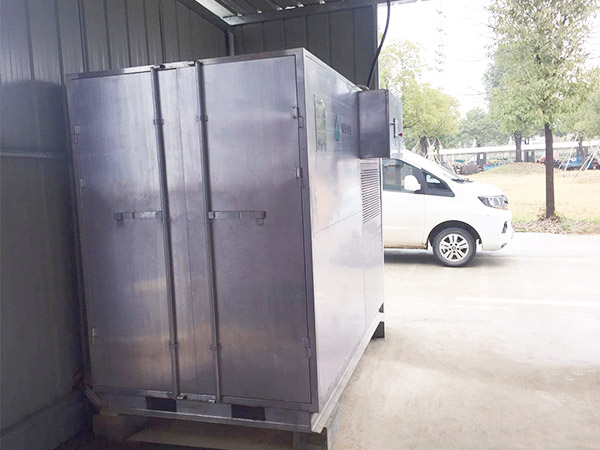 安徽万磁电子污泥箱式干化机应用